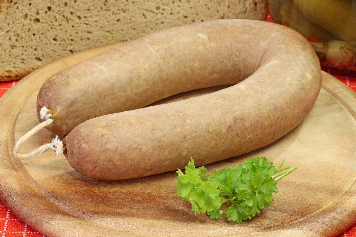 Как приготовить домашнюю колбасу
