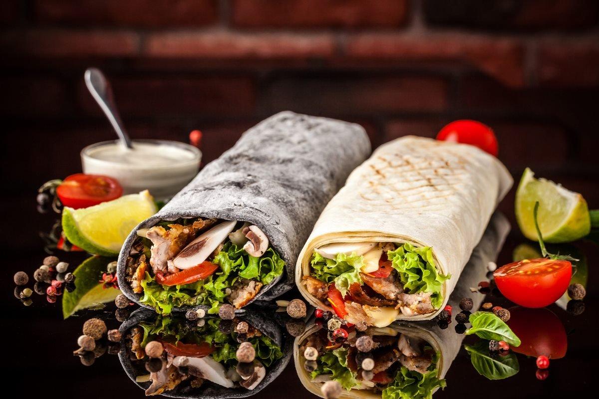 https://ua.depositphotos.com/206619886/stock-photo-two-burrito-black-white-lavash.html