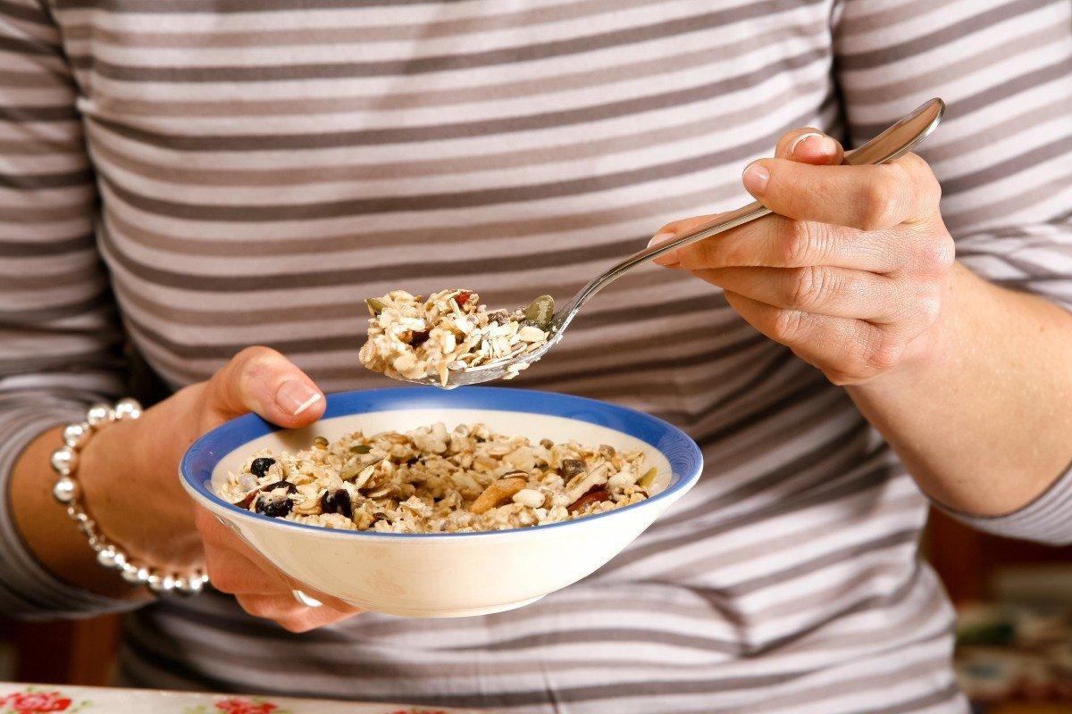 употребление пищевых продуктов