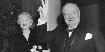 Жена Черчилля
